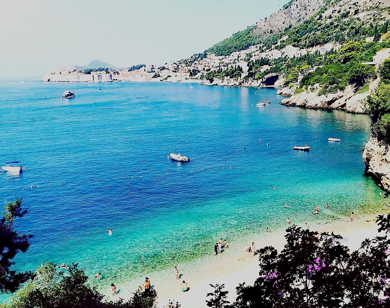 Beautiful sandy beach Sveti Jakov - Dubrovnik