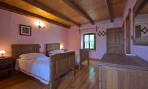 Villa Captain Morgan - authentic and attractive renovated stone house