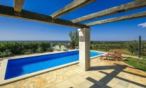 Villa Nira - newly built villa with pool