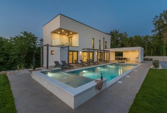 villa_green_light_1_villsy