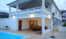 villa_more_with_pool_and_garden_12_villsy