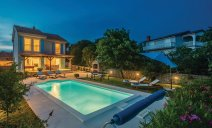 villa_doris_with_heated_pool_gym_and_kids_playground_7_villsy