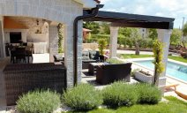 villa_outdoor