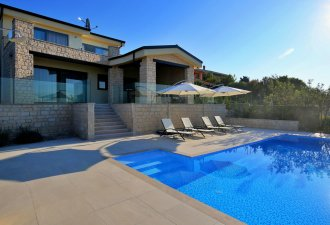 luxury_villa_amazing_views_over_kvarner_bay_1_villsy