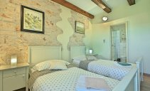 Villa Ruk - beautifully renovated traditional house in the village Barat