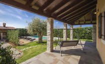 Villa Maron - modern and nicely furnished villa with swimming pool
