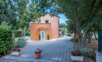 Villa Lavanda - beautiful holiday home with swimming pool
