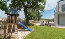 villa_lounge_kapelana_beautiful_villa_private_pool_playground_and_game_room_12_villsy